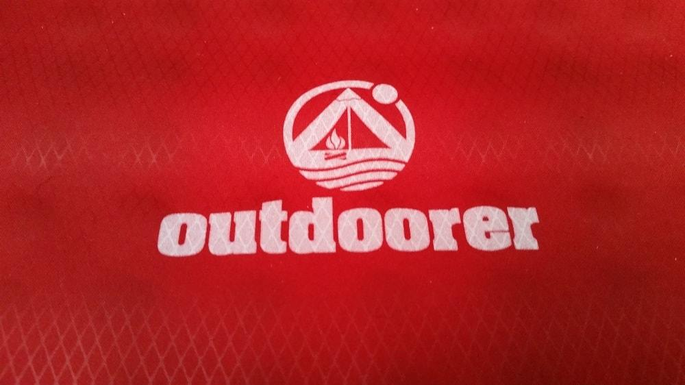Outdoorer Logo auf Trek Bad 3