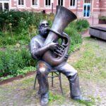 Harburg Rathaus Musiker Figur
