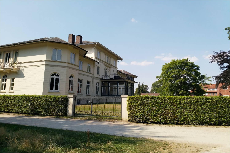 Gutspark Berne Berner Schloss